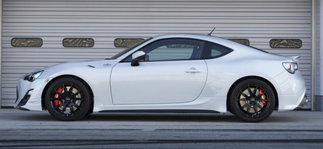 Toyota GT86 lateral