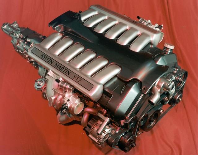 Motor Aston Martin V12