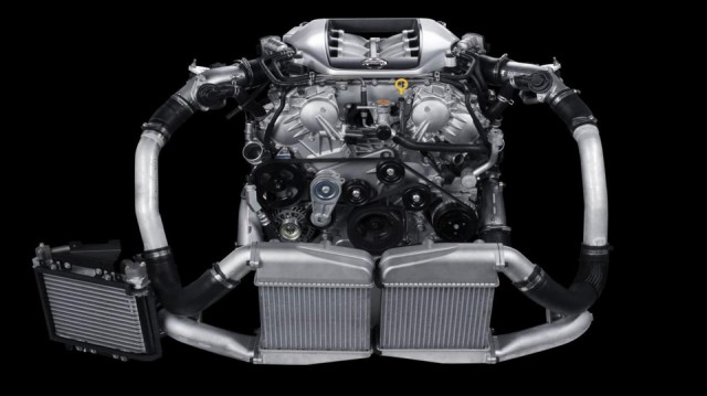Motor Nissan GTR