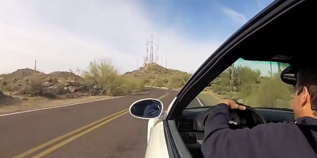 BMW M3 condus de un pusti