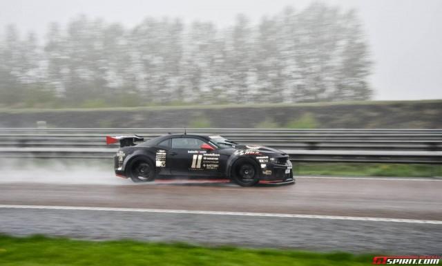 Gumball 3000 - Chevrolet Camaro in viteza pe circuit