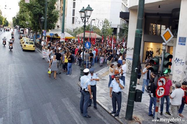 Protest pe o strada din Atena