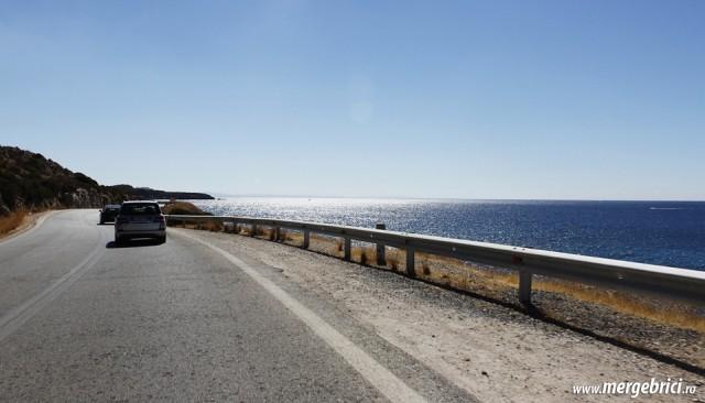 Sosea pe coasta Mediteranei in Grecia