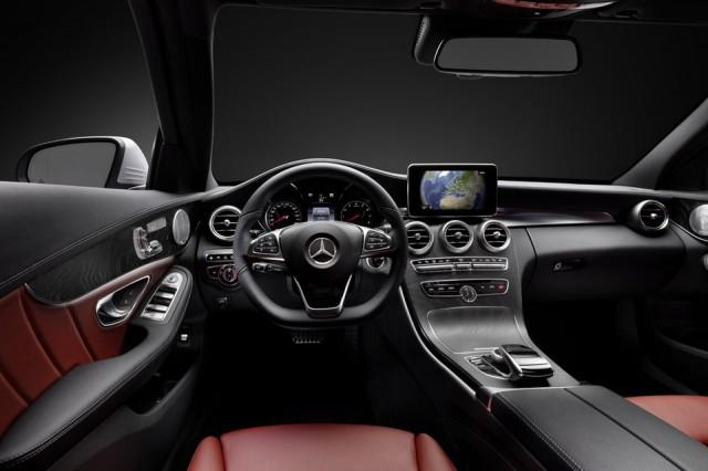 Mercedes Benz C Class - tableta bord