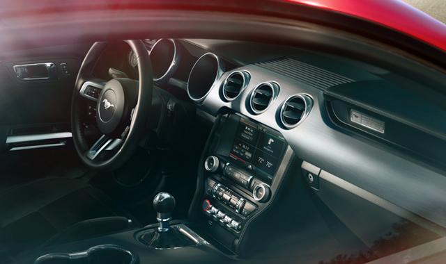 Interior Ford Mustang 2015