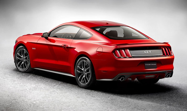 Spate Ford Mustang 2015