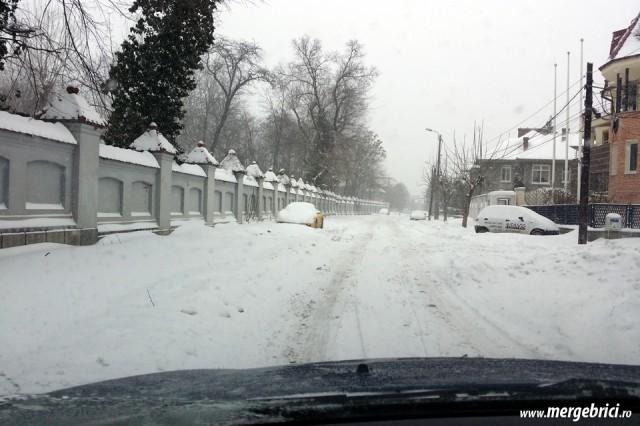 Strada inzapezita in Cotroceni - Bucuresti