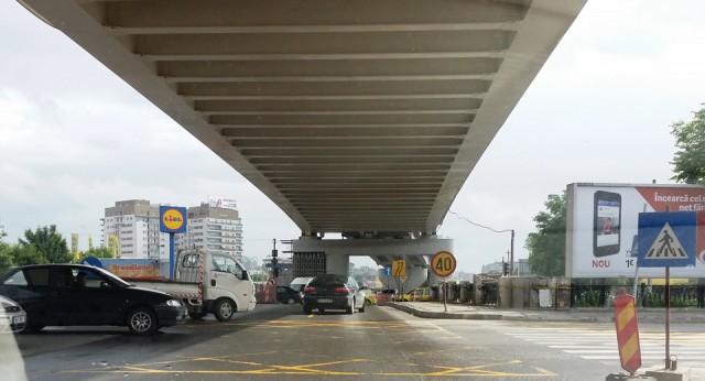 Sub podul Vacaresti - Splaiul Unirii