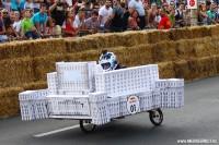Concurent casa poporului la Red Bull Soapbox 2014