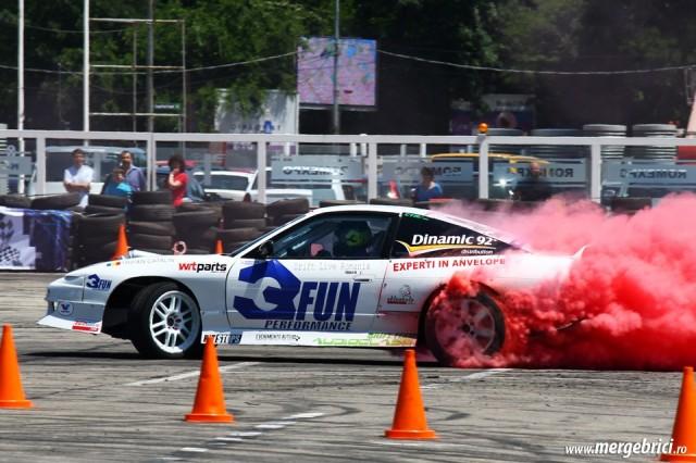 Drift Nissan Silvia cu fum colorat - ATBS 2015
