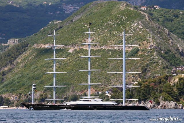 Iaht Maltese Falcon in Muntenegru