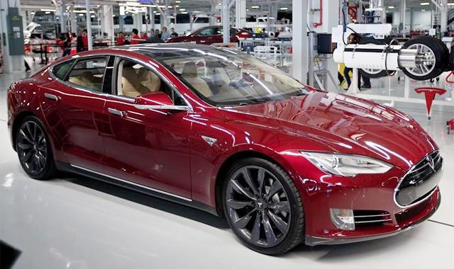 Fabrica de masini electrice Tesla