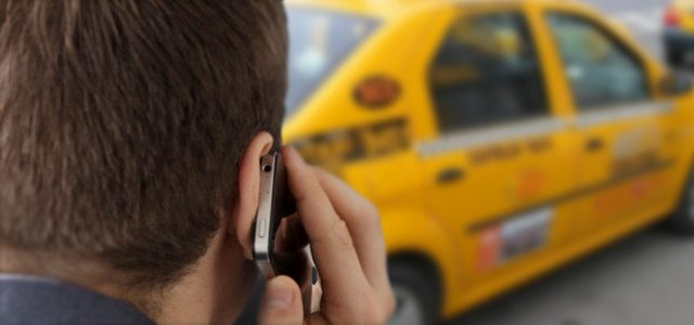 Un taximetrist refuza comanda pe strada