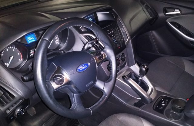Interior si bord Ford Focus 3 diesel